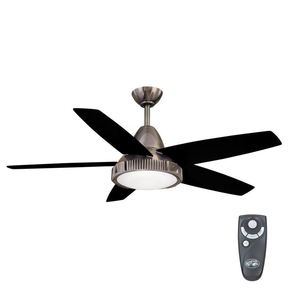 Hampton Bay Thorton 52 in. Indoor Gunmetal Ceiling Fan with Light Kit and Remote Control