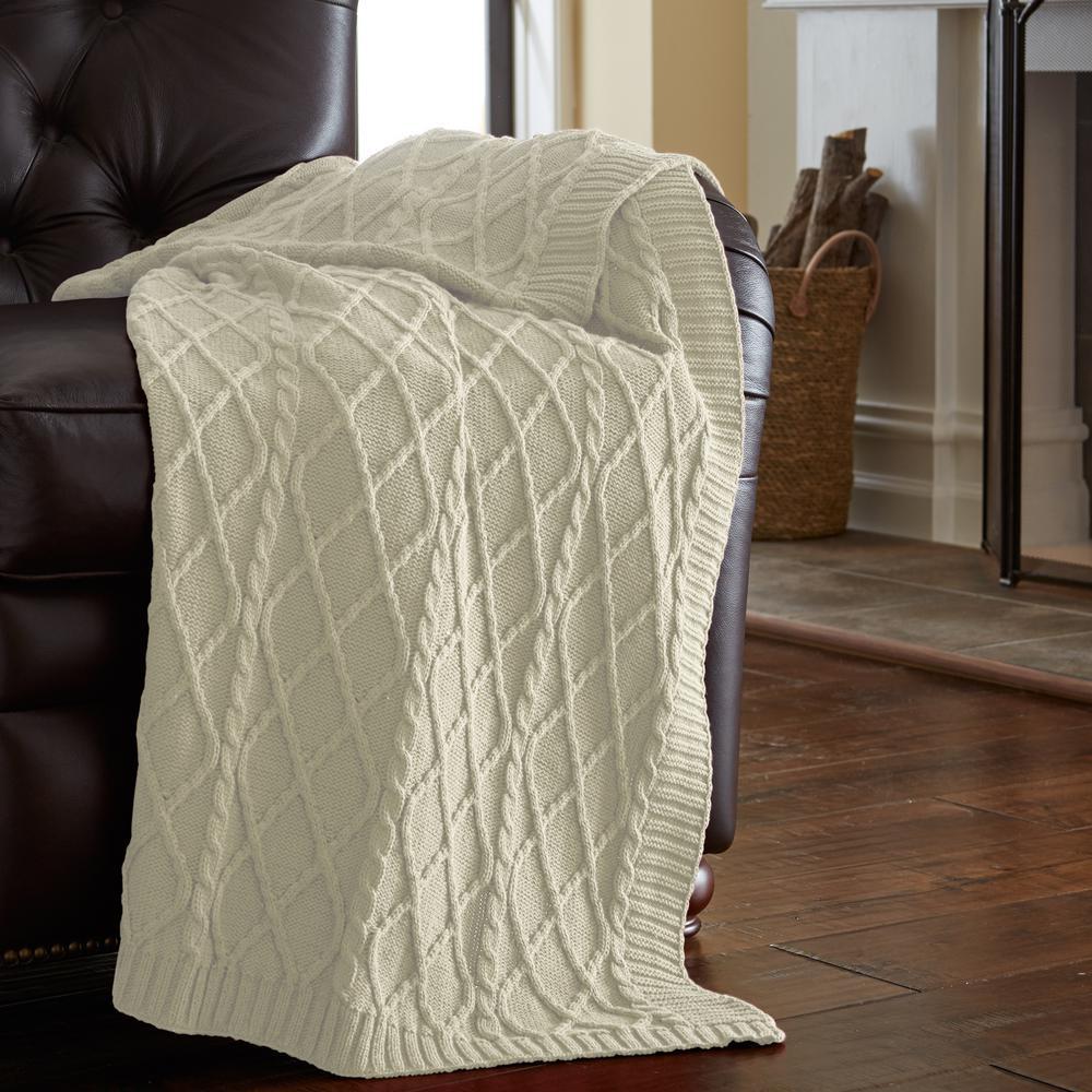 MODERN THREADS - Antique White Throw Blanket