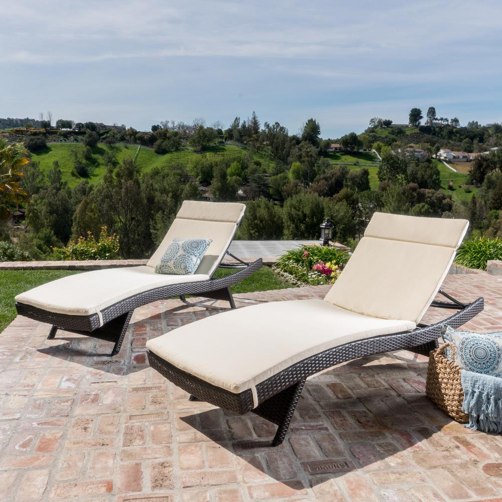 Salem Multi-Brown 4-Piece Wicker Outdoor Chaise Lounge with Beige Cushions