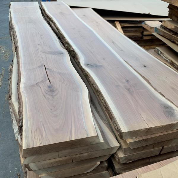 Swaner Hardwood 2 In X 12 16 4 Ft Walnut Live Edge Sawn Board Ol08140048wa The Home Depot - Best Wood To Make A Live Edge Table