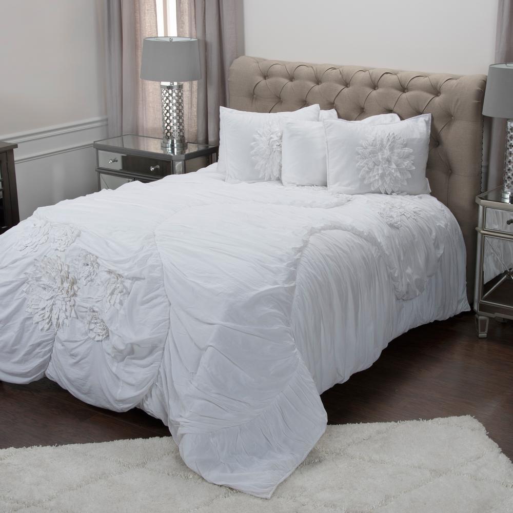 White Solid Flower Pattern 3-Piece Queen Bed Set