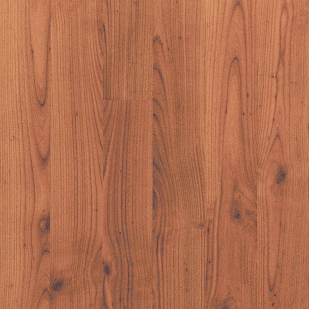 Pergo Presto Cinnabar Cherry Laminate Flooring - 5 in. x 7 in. Take Home Sample