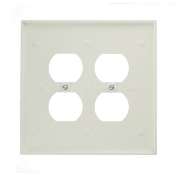 Leviton White 2 Gang Duplex Outlet Wall Plate 1 Pack R52 88016 00w The Home Depot