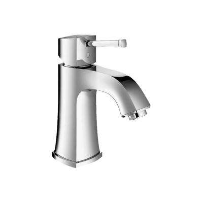 Grandera Deck-Mount 4 in. Centerset Single Hole Single-Handle Low Arc Bathroom Faucet in StarLight Chrome