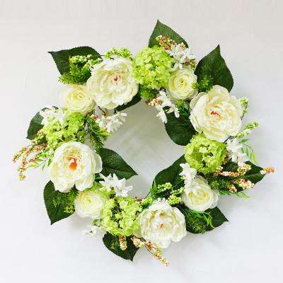 24 in. Wreath with Hydrangea's