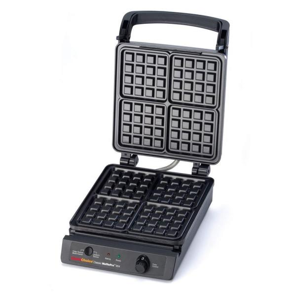 Chef'sChoice Classic WafflePro 4-Slice Black Stainless Steel American Waffle Maker