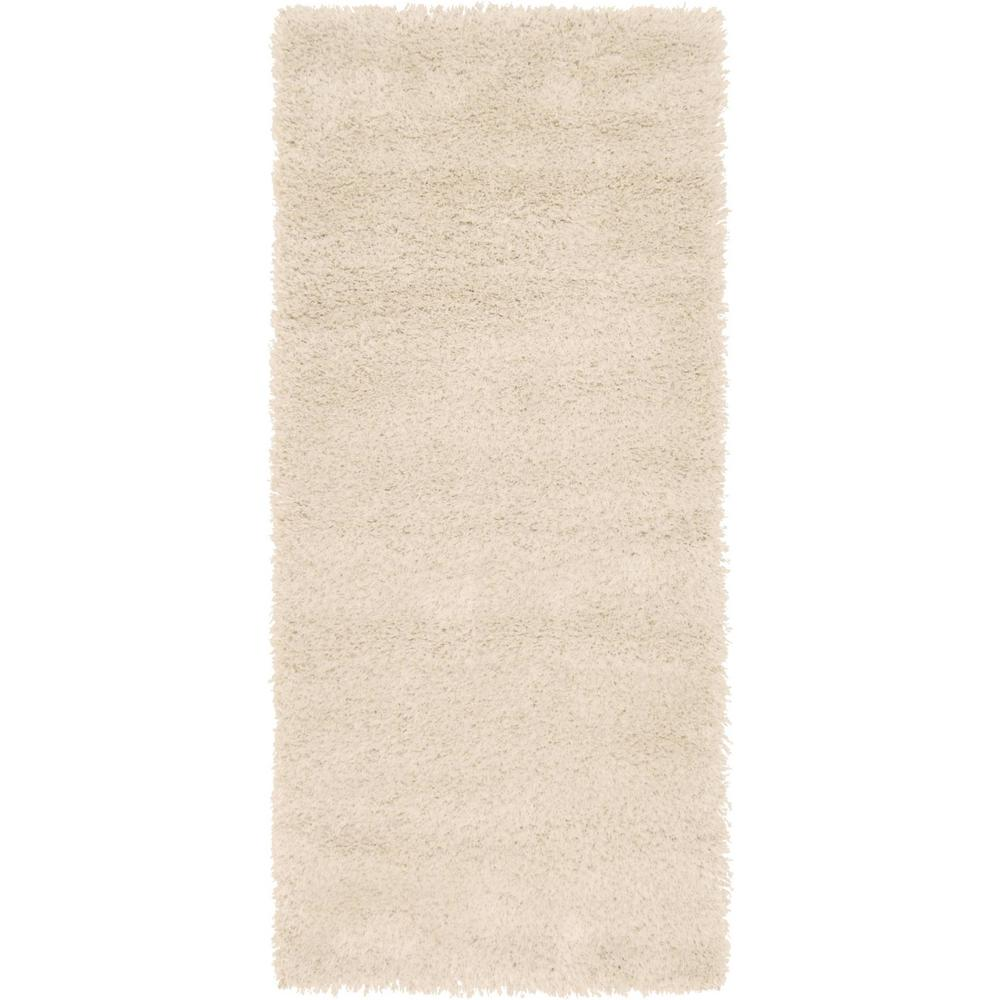 Luxe Solo Ivory 2 ft. 7 in. x 6 ft. Runner