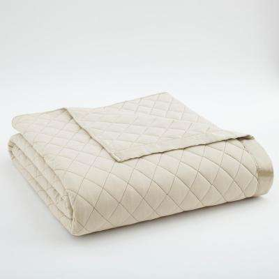 Full Queen Ivory Quilted Polyester Blanket