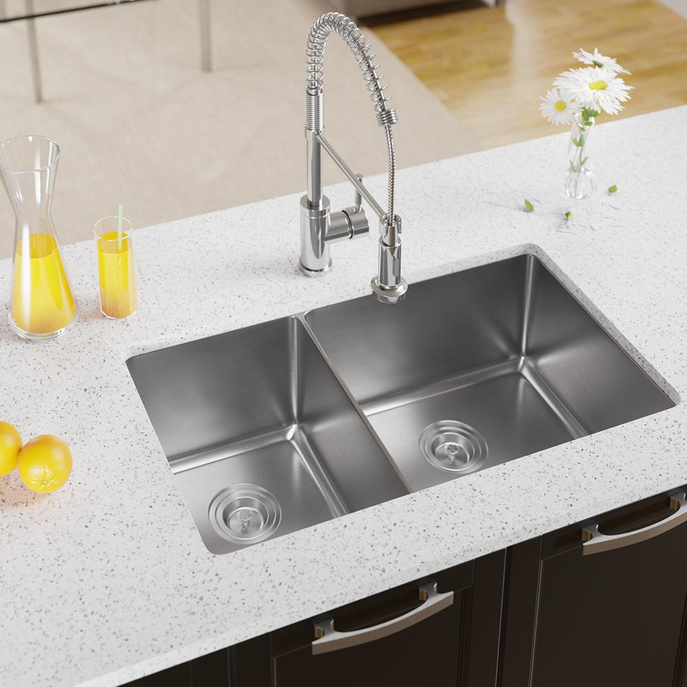 MR Direct Undermount Stainless Steel 32 in. Right Double Bowl Kitchen Sink