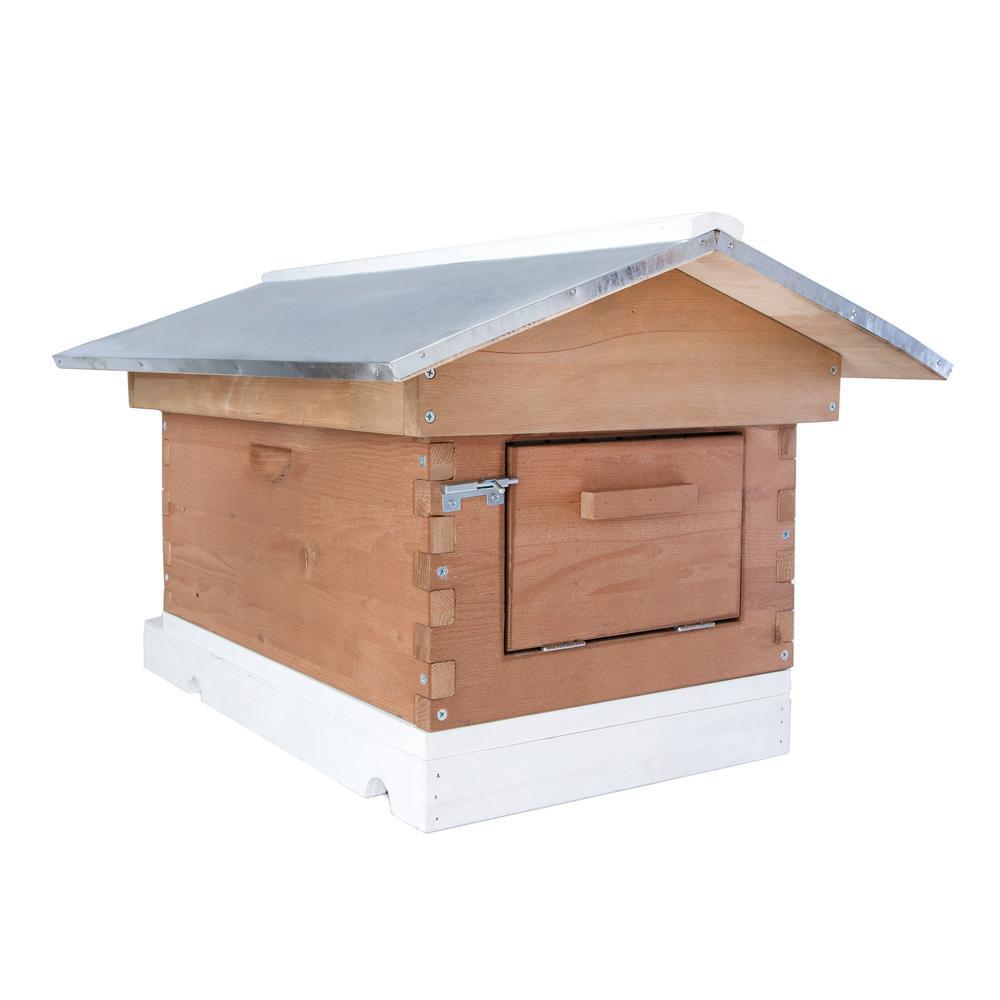 26.77 in. x 19.69 in. x 17.88 in. 8 Frame Backyard Bee Hive Kit