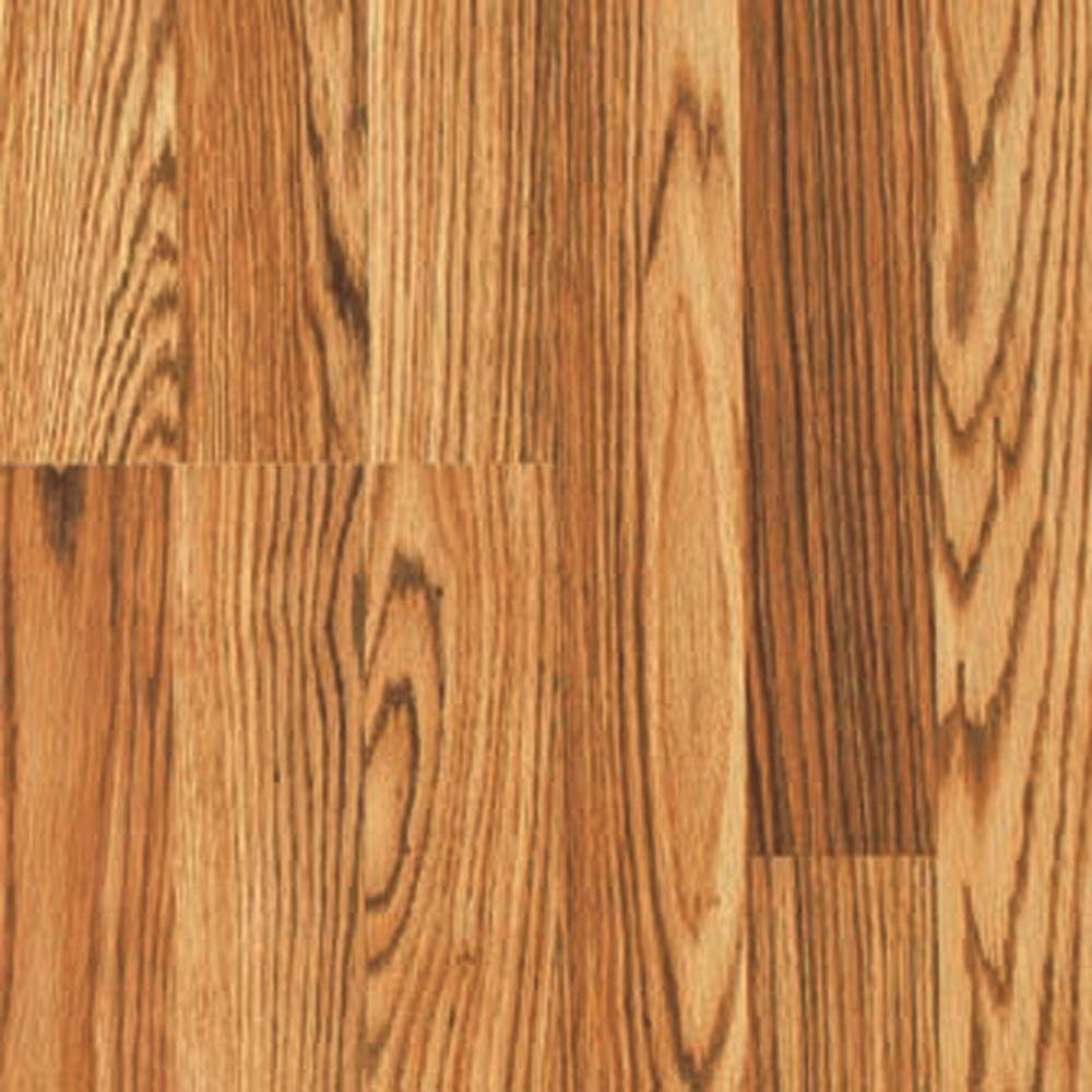 Pergo Presto Walden Oak 8 mm Thick x 7-5/8 in. Wide x 47-5/8 in. Length Laminate Flooring (20.17 sq. ft. / case)