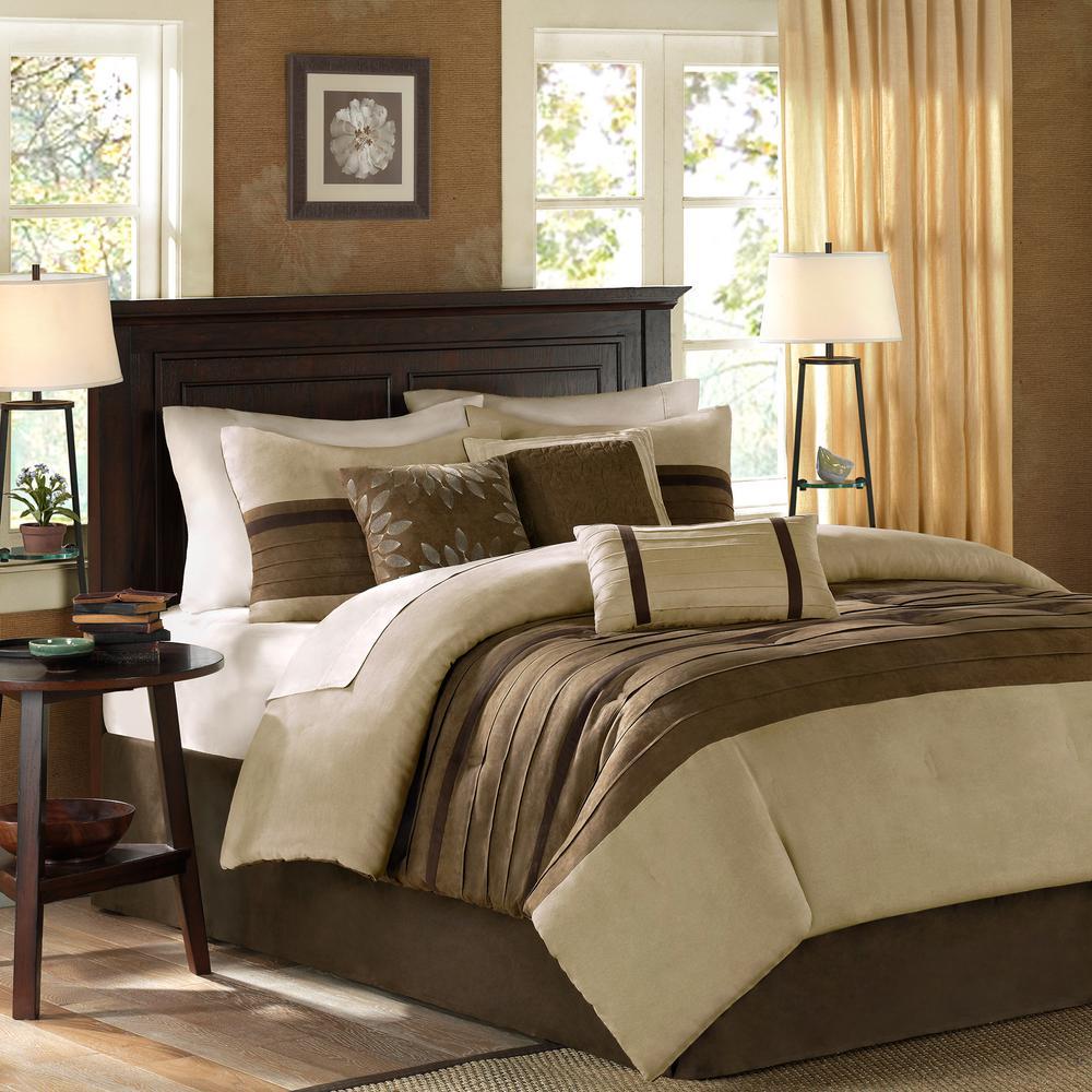Teagan 7-Piece Natural King Pieced Comforter Set