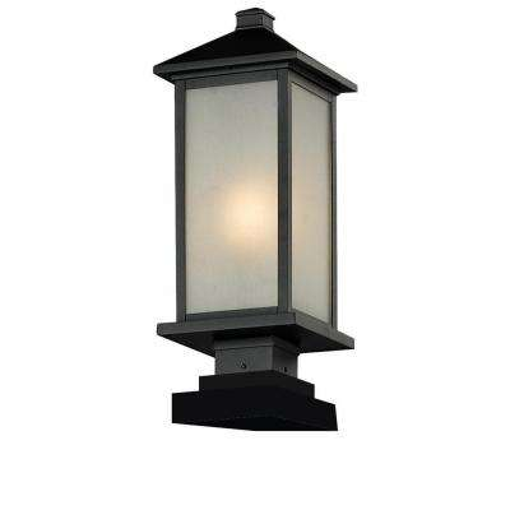Lawrence 1-Light Outdoor Black Incandescent Pier Mount Light