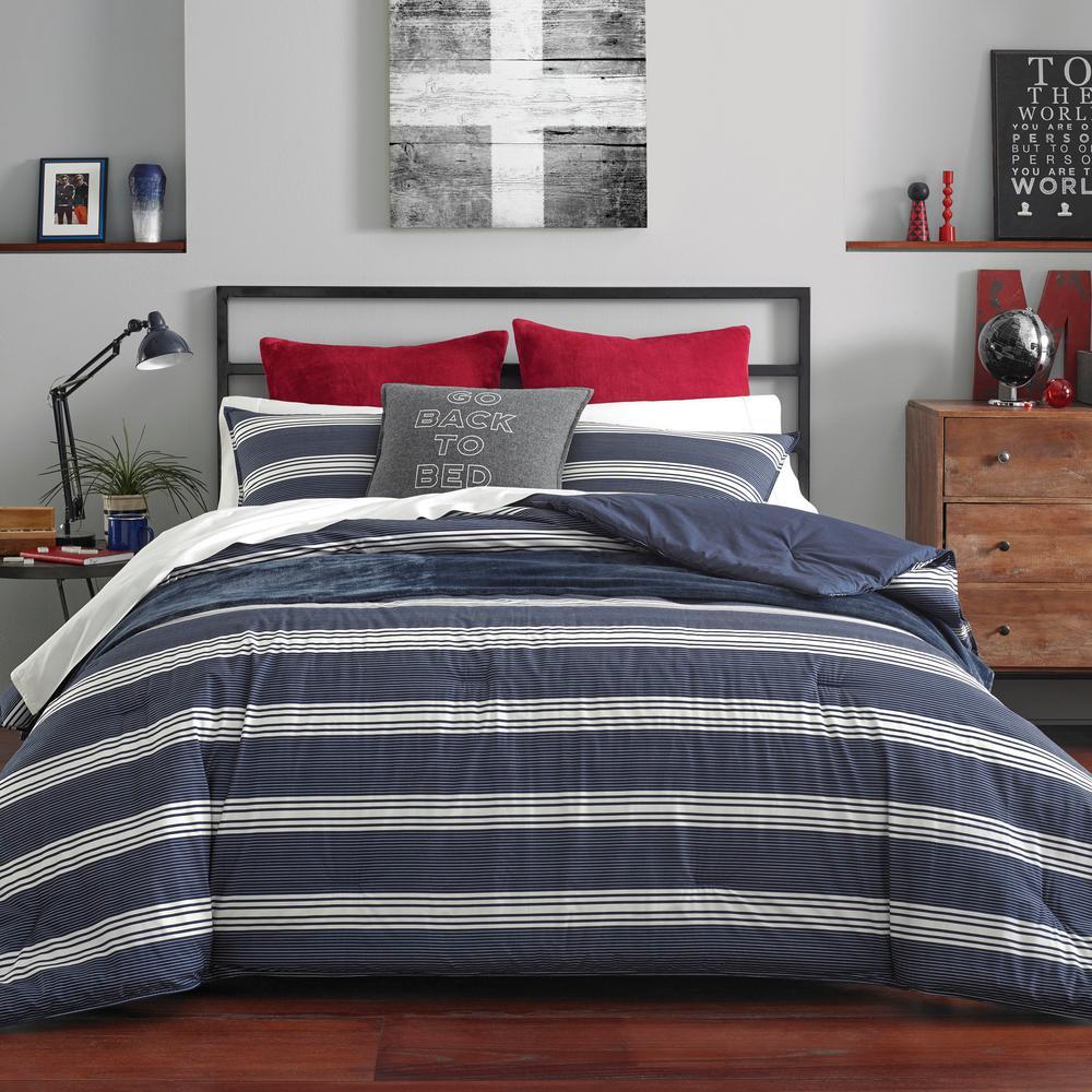 Craver 2-Piece Navy Twin/Twin XL Comforter Set