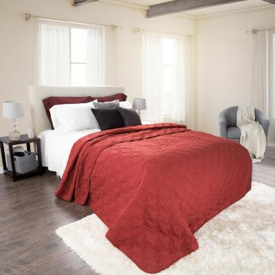 Classic Burgundy Polyester King Quilt