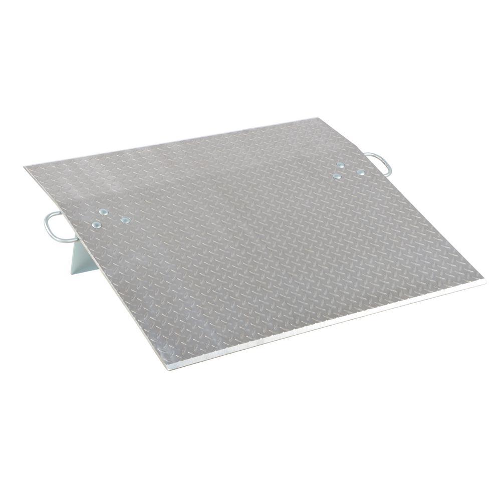 Vestil 2,500 lb. 36 in. x 36 in. x 0.38 in. Aluminum Economy Dockplate