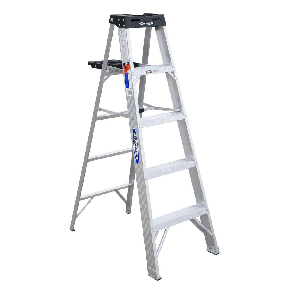 Werner 5 Ft Aluminum Step Ladder With 300 Lb Load Capacity Type Ia Duty Rating 375 The Home Depot