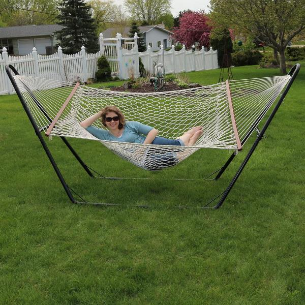 Yard and Porch for Outdoor Patio Sunnydaze Polyester Rope Hammock Double Wide Two Person with Spreader Bars