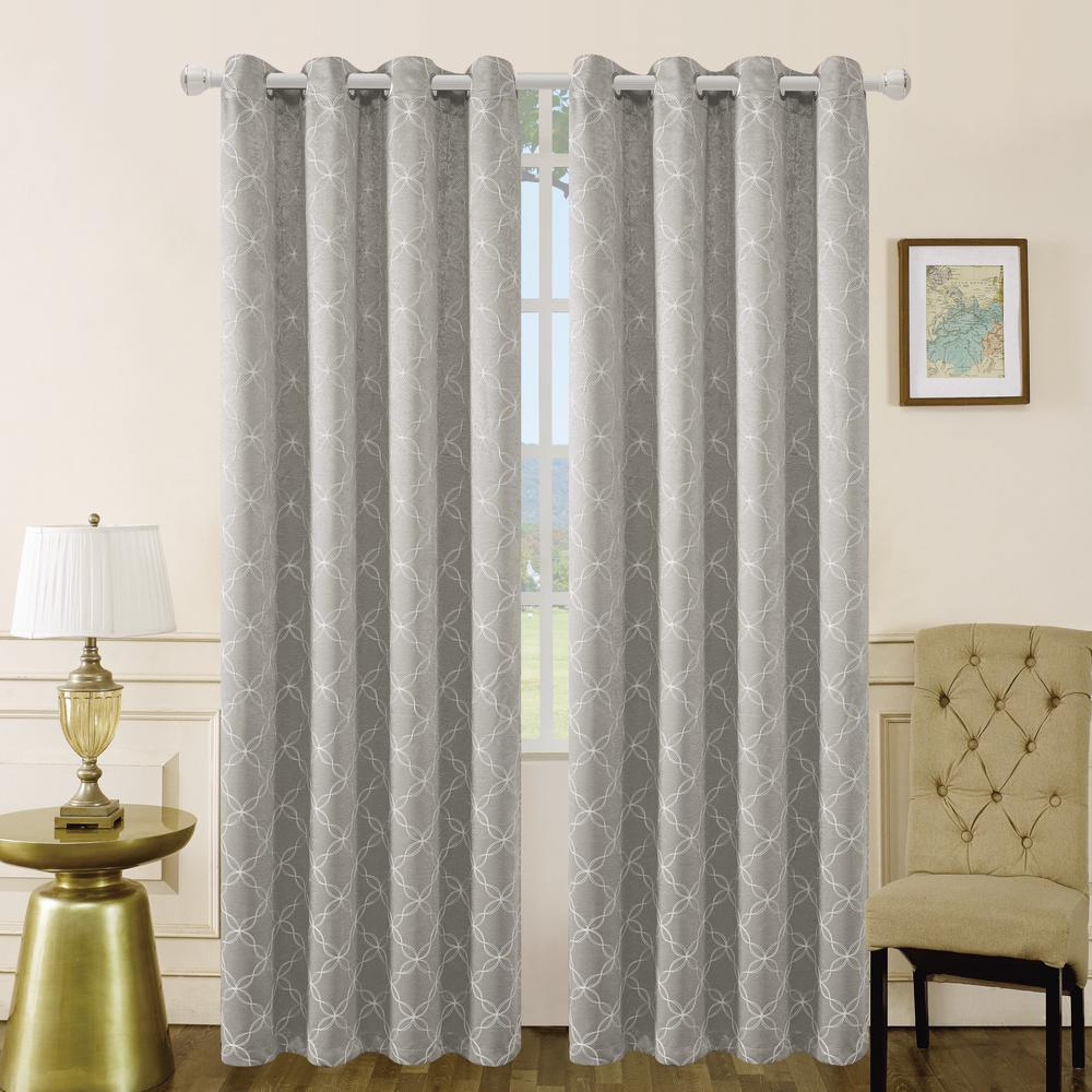 Lyndale Decor Amelia 54 in. L x 50 in. W Blackout Polyester Curtain in Silver