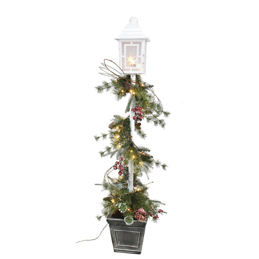 5 Ft Pre Lit Led Artificial Christmas Swag On Lamp Post With 50 White Lights