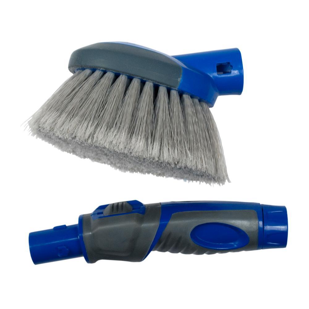 Compact Flow-Thru Brush
