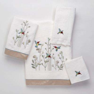 Colibri 4-Piece Bath Towel Set in White