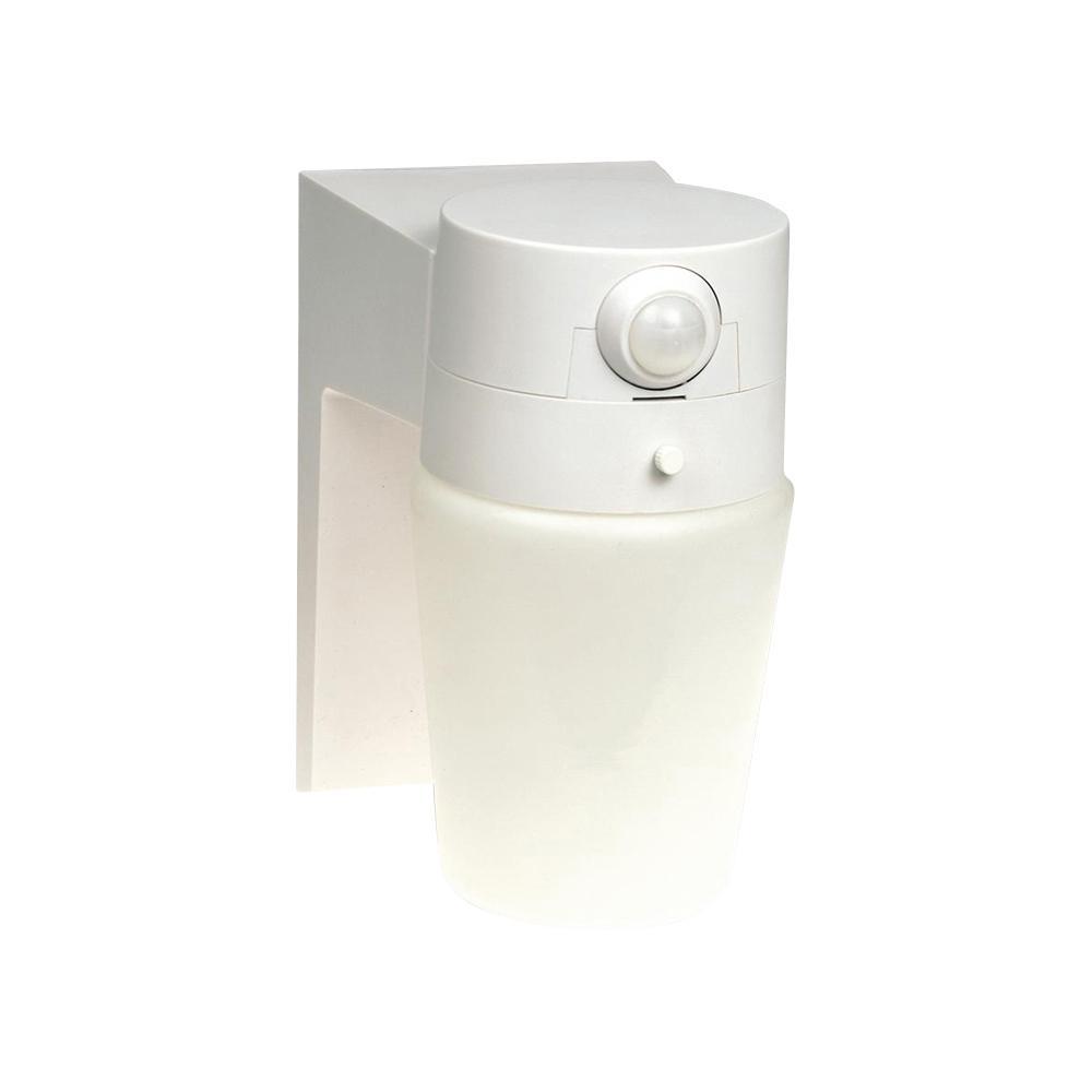 Hampton Bay 110 176 White Motion Sensing Outdoor Security