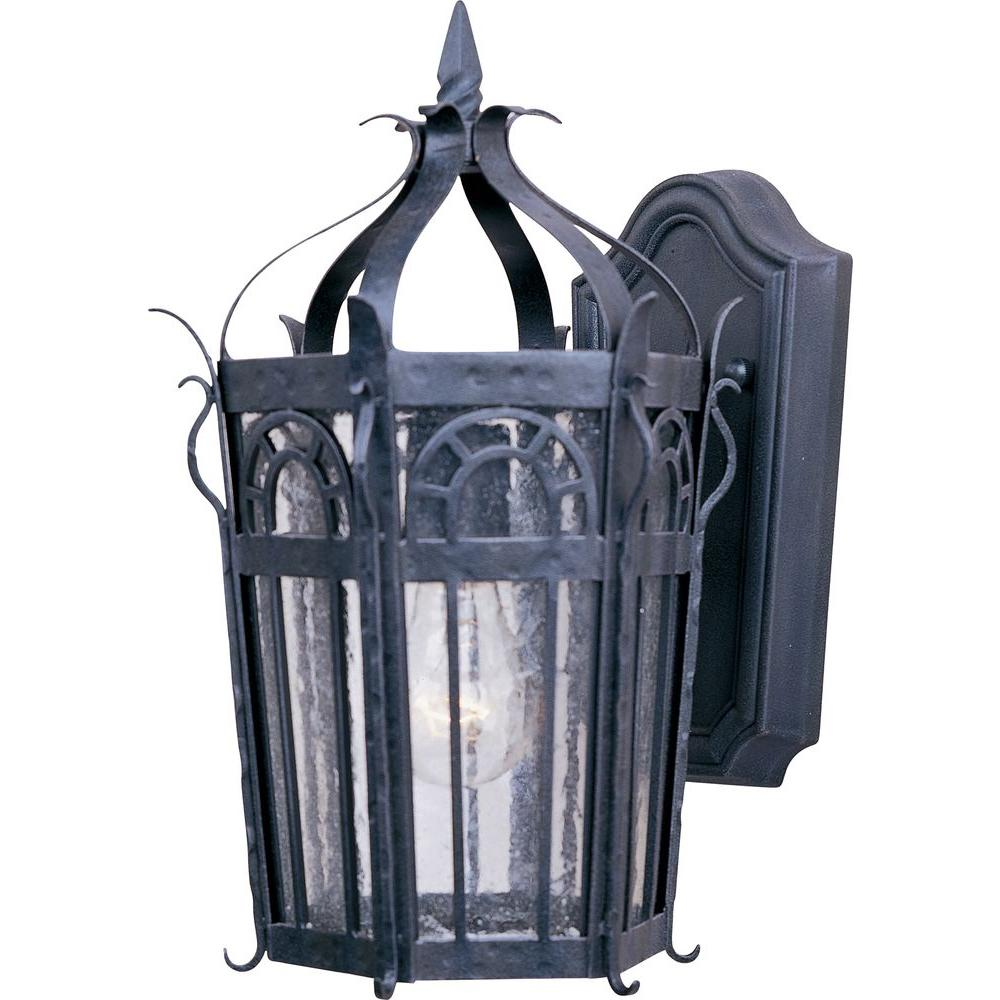 Cathedral 1-Light Country Forge Outdoor Wall Mount