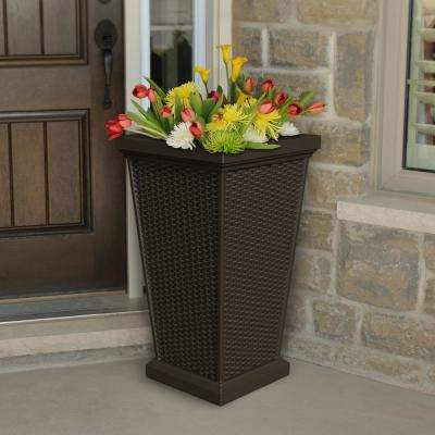 Wellington 16 in. Espresso Plastic Planter
