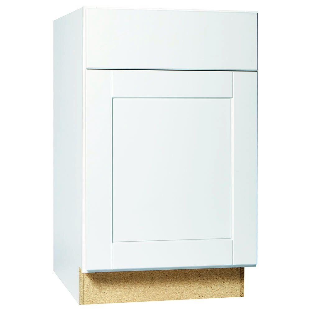 Hampton bay shaker assembled in base kitchen for Assembled kitchen units