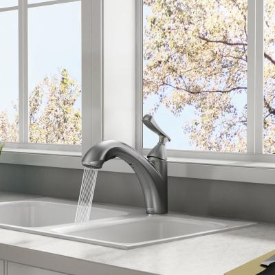 Chatfield Single-Handle Pull-Out Sprayer Kitchen Faucet in Stainless Steel