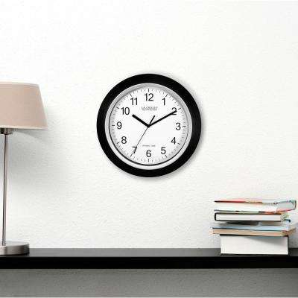 14 in. Round Analog Black Frame Wall Clock