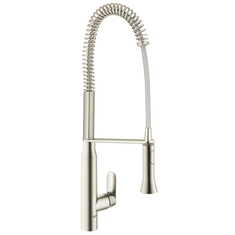 K7 Semi-Pro Single-Handle Pull-Down Sprayer Kitchen Faucet in Supersteel