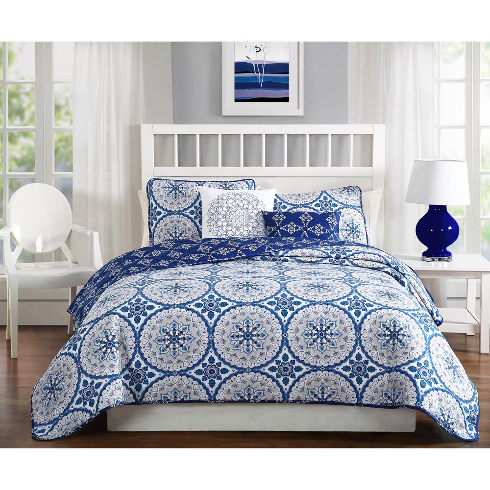 Darma 5-Piece Blue/Gray Reversible Queen Quilt Set
