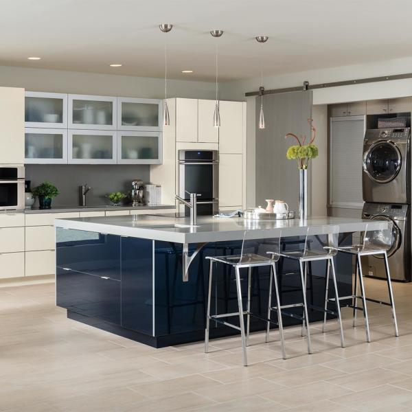 Thomasville Nouveau Custom Kitchen Cabinets Shown In Modern Style Hdinsttscc The Home Depot