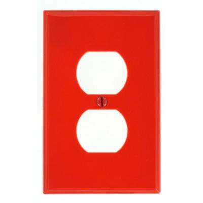 1-Gang 1 Duplex Receptacle, Midway Size Nylon Wall Plate - Red