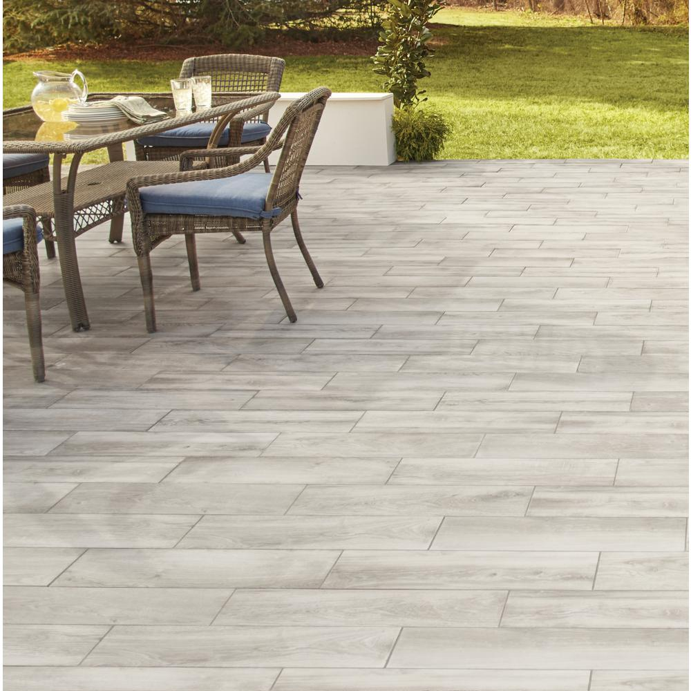 This Is Again Where The Lifeproof Porcelain Tiles Are Best Choice When It Comes To Tiling Any Outdoor Social Area As Well Indoor Water A