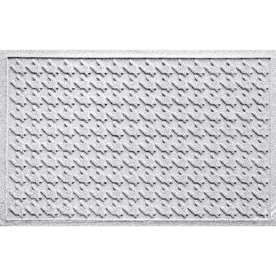 Houndstooth White 24 in. x 36 in. Polypropylene Door Mat