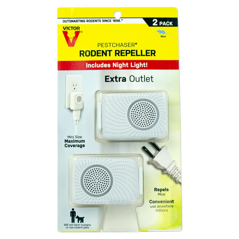 Victor PestChaser Rodent Repeller with Nightlight and Extra Outlet (2-Pack)