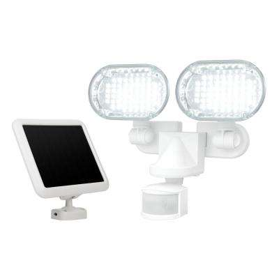 100 LED Twin Head Solar Motion Light with Corner Mounting Feature