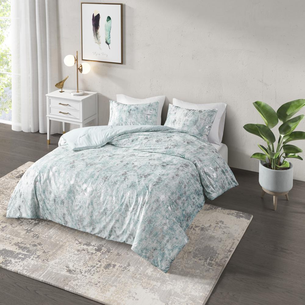Pearl 3-Piece Aqua King/Cal King Metallic Printed Velvet Comforter Set