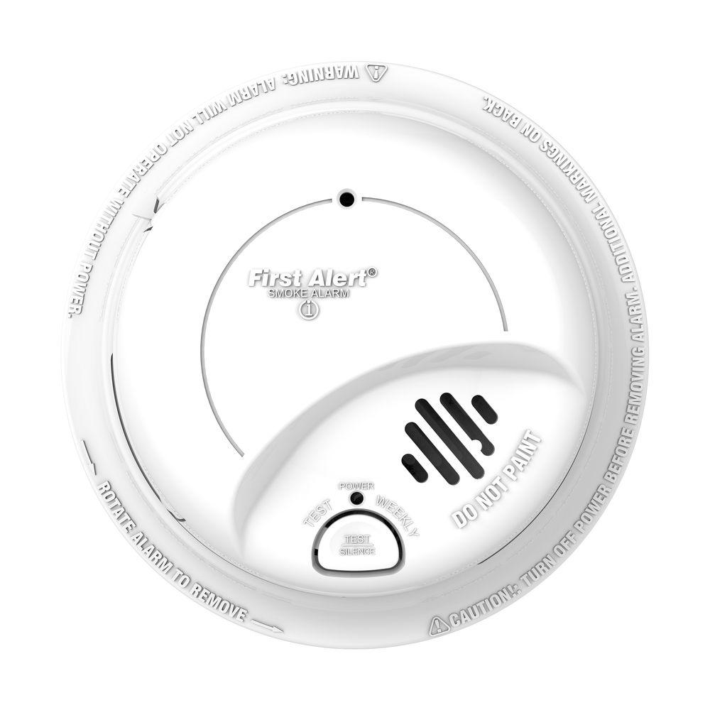 BRK Hardwired Interconnected Smoke Alarm with Battery Backup