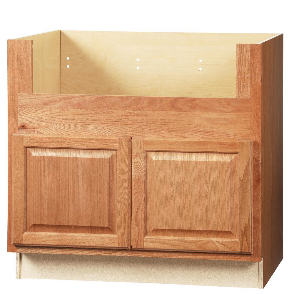Hampton Bay Hampton Assembled 36x34 5x24 In Farmhouse Apron Front Sink Base Kitchen Cabinet In Medium Oak