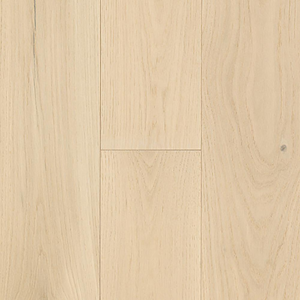 Mohawk Urban Loft Coastline Oak 9/16 in. Thick x 7 in. Wide x Varying Length Engineered Hardwood Flooring (22.5 sq. ft. / case)