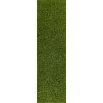 Arcadia 20 in. x 5 ft. Artificial Grass Indoor/Outdoor Green Turf