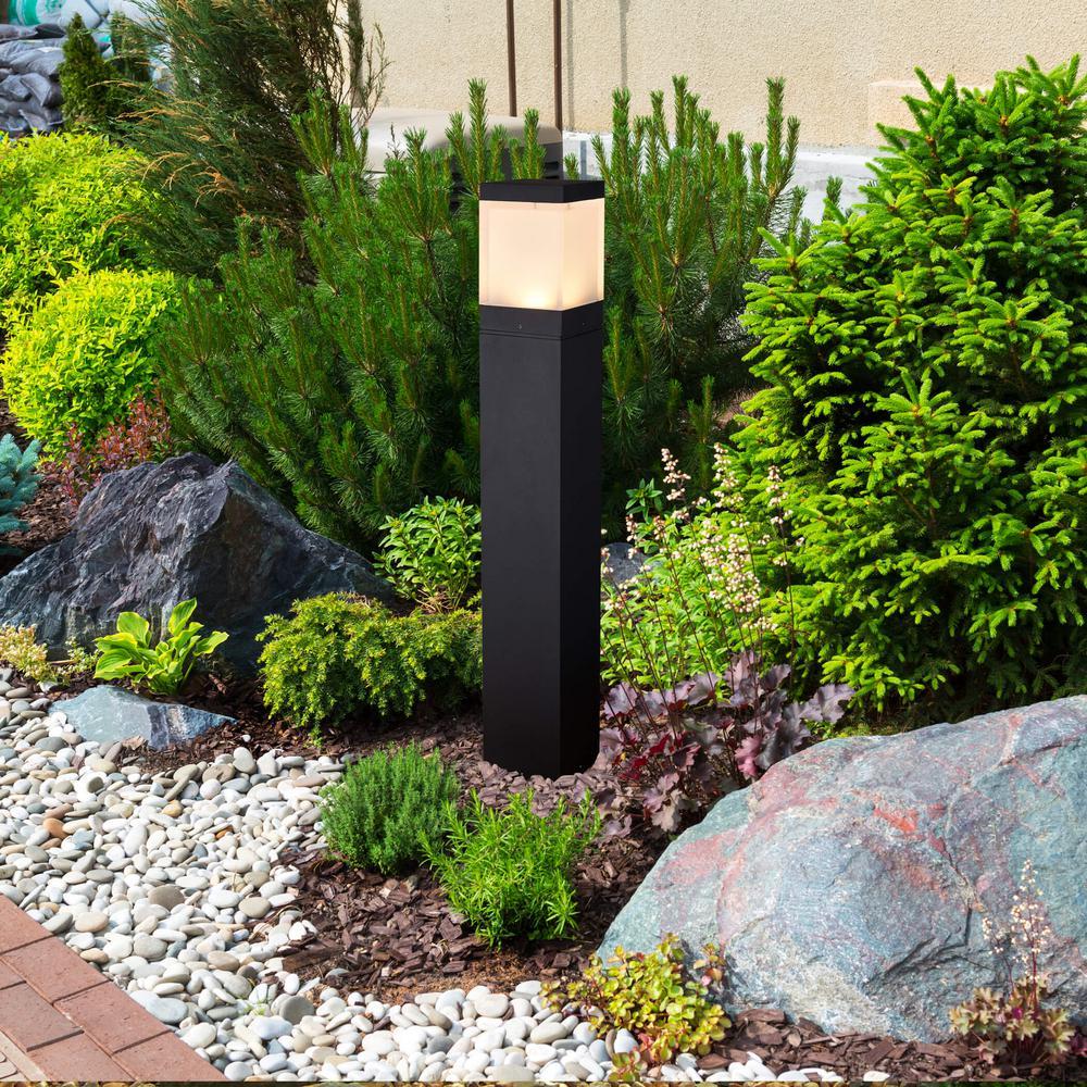 VONN Lighting 10-Watt Black Outdoor Integrated LED Bollard