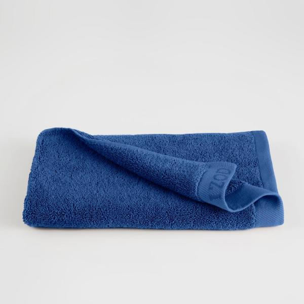 IZOD Classic Egyptian Cotton Hand Towel in Morning Glory 079465022292