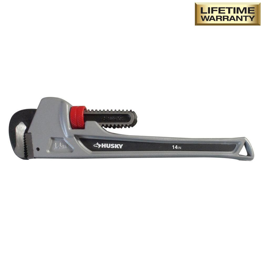 Husky 14 In Aluminum Pipe Wrench Wg Hd 14al The Home Depot
