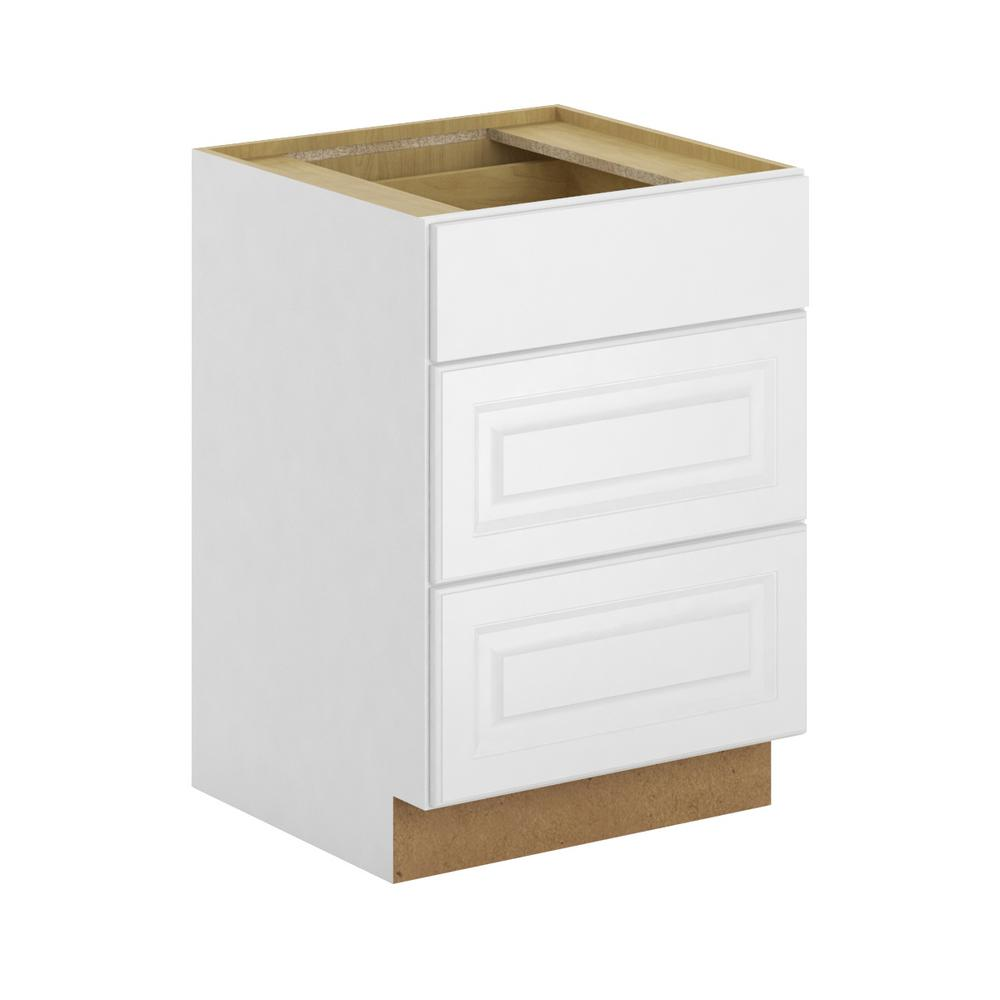 Hampton Bay Madison Assembled In 3 Drawer Base Cabinet With Soft Close In Warm White