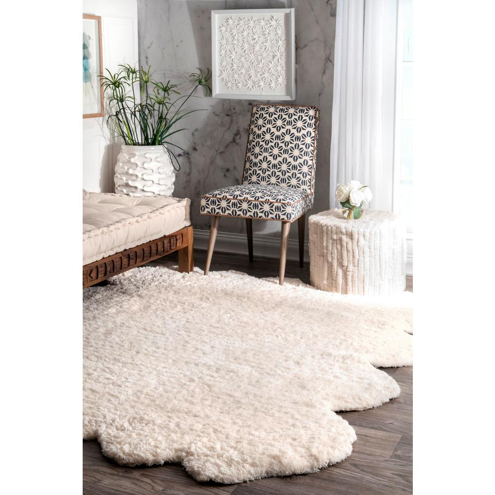 Nuloom Octo Faux Sheepskin Shag Natural 6 Ft X 7 Shaped Rug